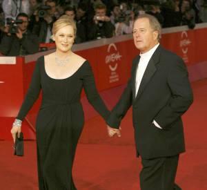 Meryl Streep n'oublie jamais de s'afficher avec son mari sur le tapis rouge !