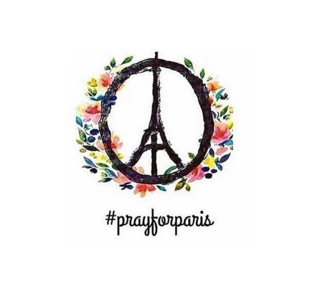 Les hommages de la mode après les attentats du 13 novembre 2015.