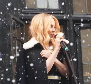 Kylie Minogue sexy sous la neige, elle fête Noël avec un peu d'avance