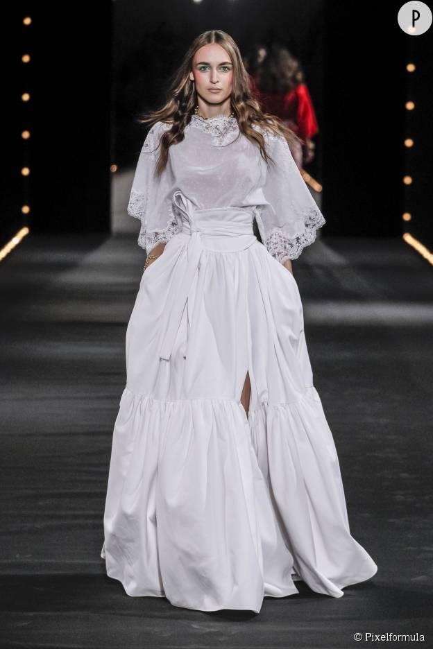 La robe longue et bouffante d'Alexis Mabille.