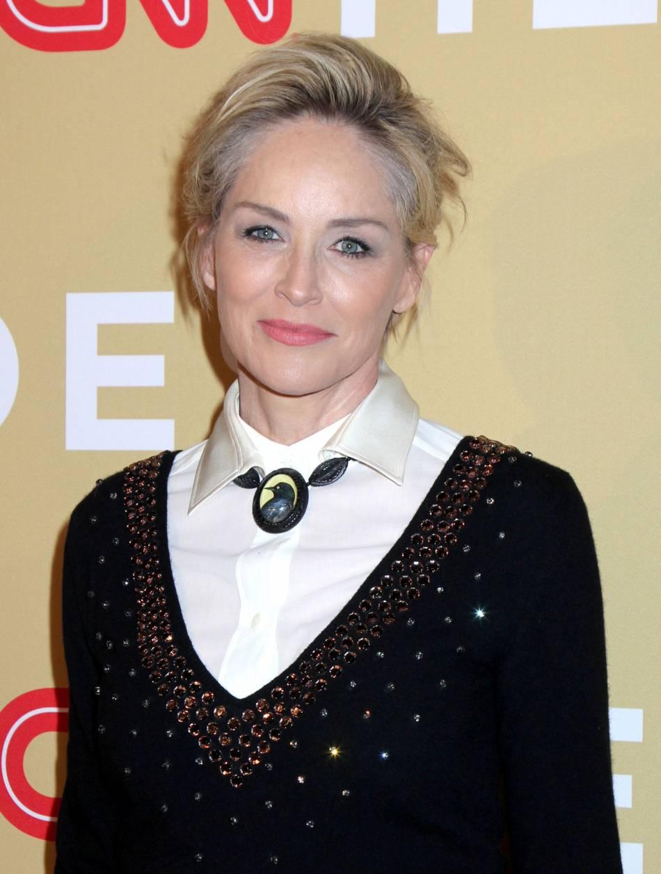 Sharon Stone radieuse lors de la soirée CNN Heroes: An All-Star Tribute à New York le 17 novembre 2015.