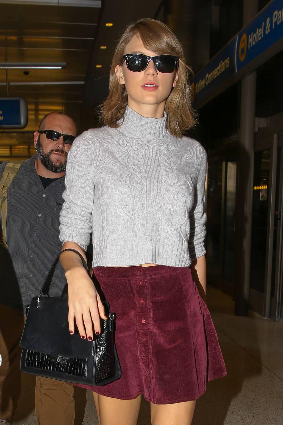 Taylor Swift sait parfaitement organiser une soirée et qui inviter pour qu'elle soit parfaitement réussie.