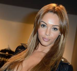 Nabilla : elle exhibe ses seins gonflés à bloc sur Instagram