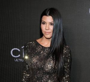 Kourtney Kardashian, dentelle et transparence dans une combi en dentelle