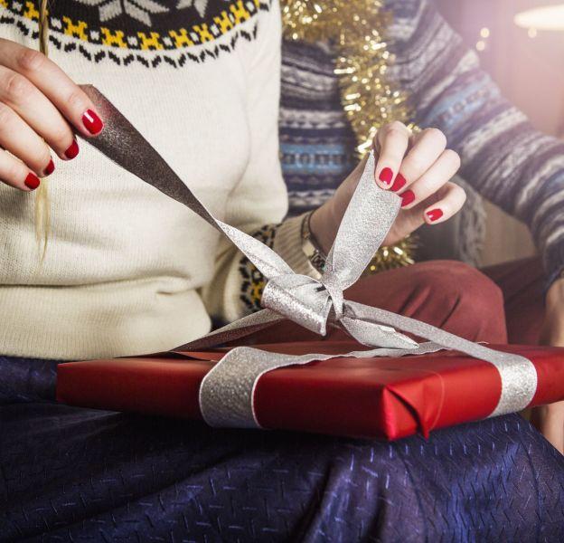 Les bons plans mode pour offrir des cadeaux sans se ruiner.