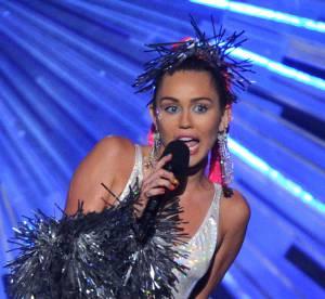 Miley Cyrus, nue et provoc: à la limite de la pornographie pour Terry Richardson