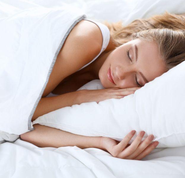 5 aliments à éviter pour s'assurer un sommeil de qualité.