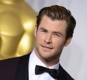 """Chris Hemsworth, le beau gosse a dû se métamorphoser radicalement pour son nouveau film """"Au coeur de l'océan""""."""