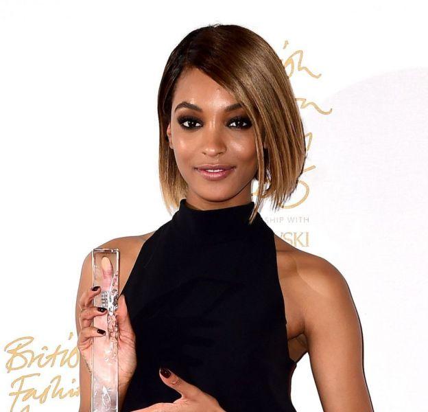 Jourdan Dunn, sacrée mannequin de l'année aux British Fashion Awards, ce lundi 23 novembre 2015.