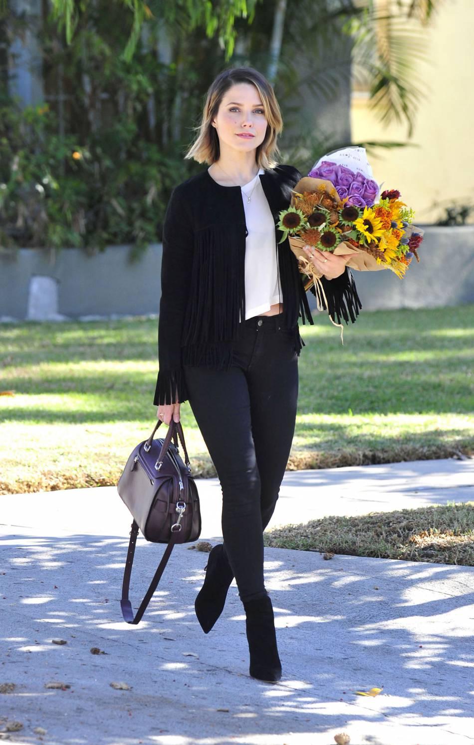 Sophia Bush, une femme en fleurs.