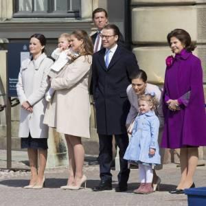 La famille royale de Suède va sensiblement s'agrandir avec l'arrivée de deux enfants au printemps prochain.
