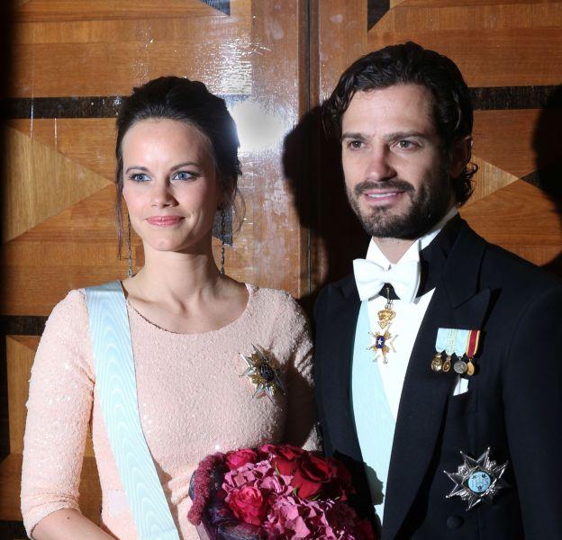 Le prince Carl Philip et la princesse Sofia seront parents pour la première fois en avril 2016. Ils sont fous de joie.