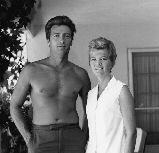 Clint Eastwood et sa première femme Maggie Johnson en 1960.