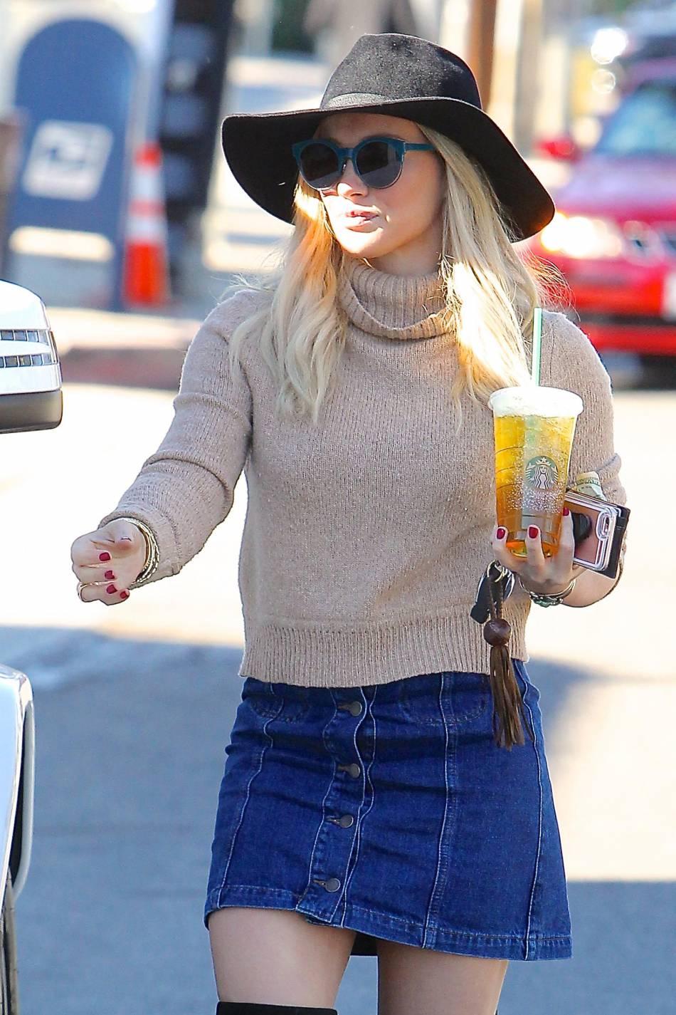 Hilary Duff, sexy et lookée à Los Angeles