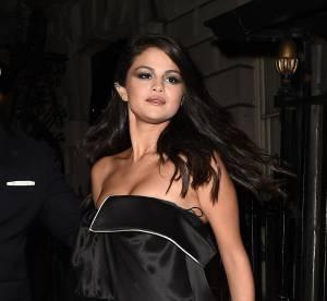 Selena Gomez : séance photo sensuelle et téton à l'air dans un motel