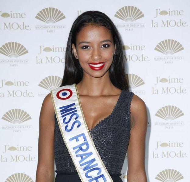 Flora Coquerel prête à battre toutes ses concurrentes pour le concours Miss Univers 2015.