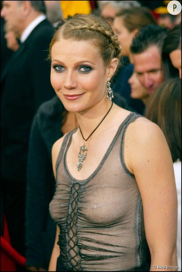 Gwyneth Paltrow aux Oscars 2002.