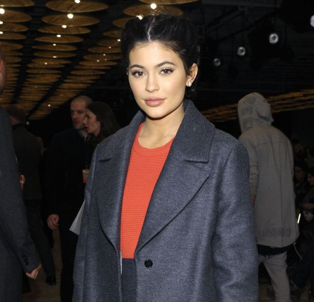 Elle a beau être la benjamine du clan Kardashian-Jenner (elle a 18 ans), Kylie Jenner a déjà un sens de la mode bien aiguisé.