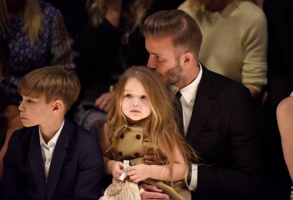 Harper Beckham a déjà sa place en front row des plus grands défilés.