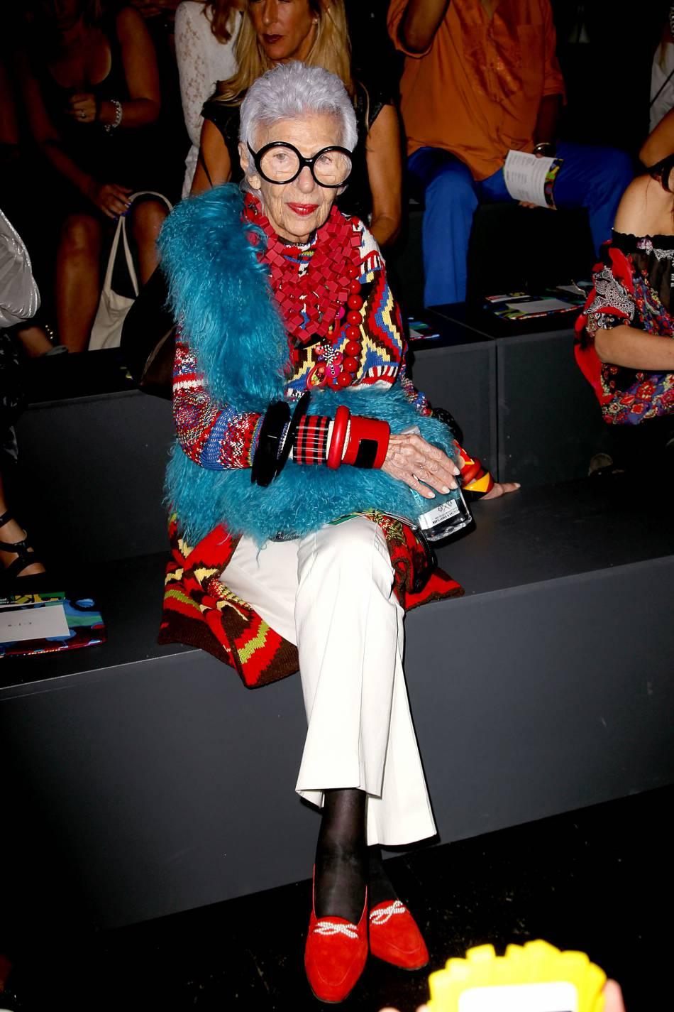 Quelques leçons de mode avec Iris Apfel.