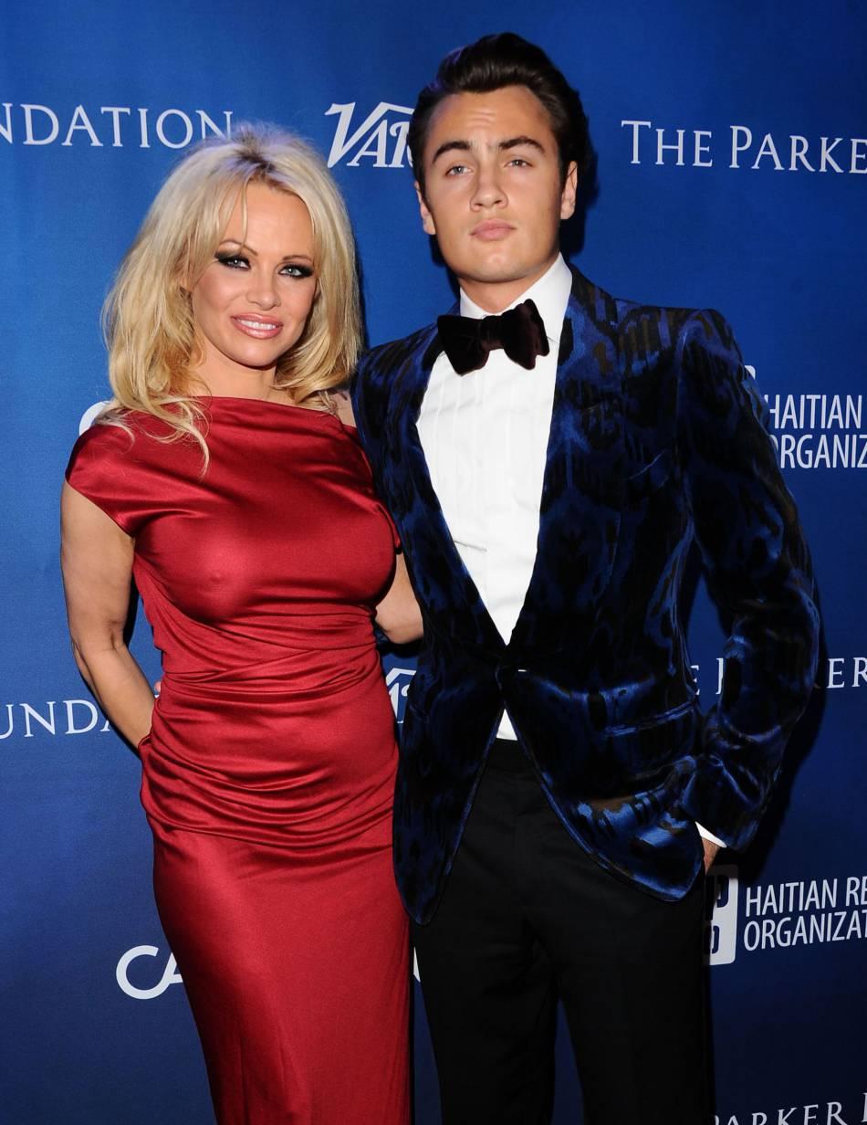 Pamela Anderson, un coeur solitaire depuis le départ de ces fils.