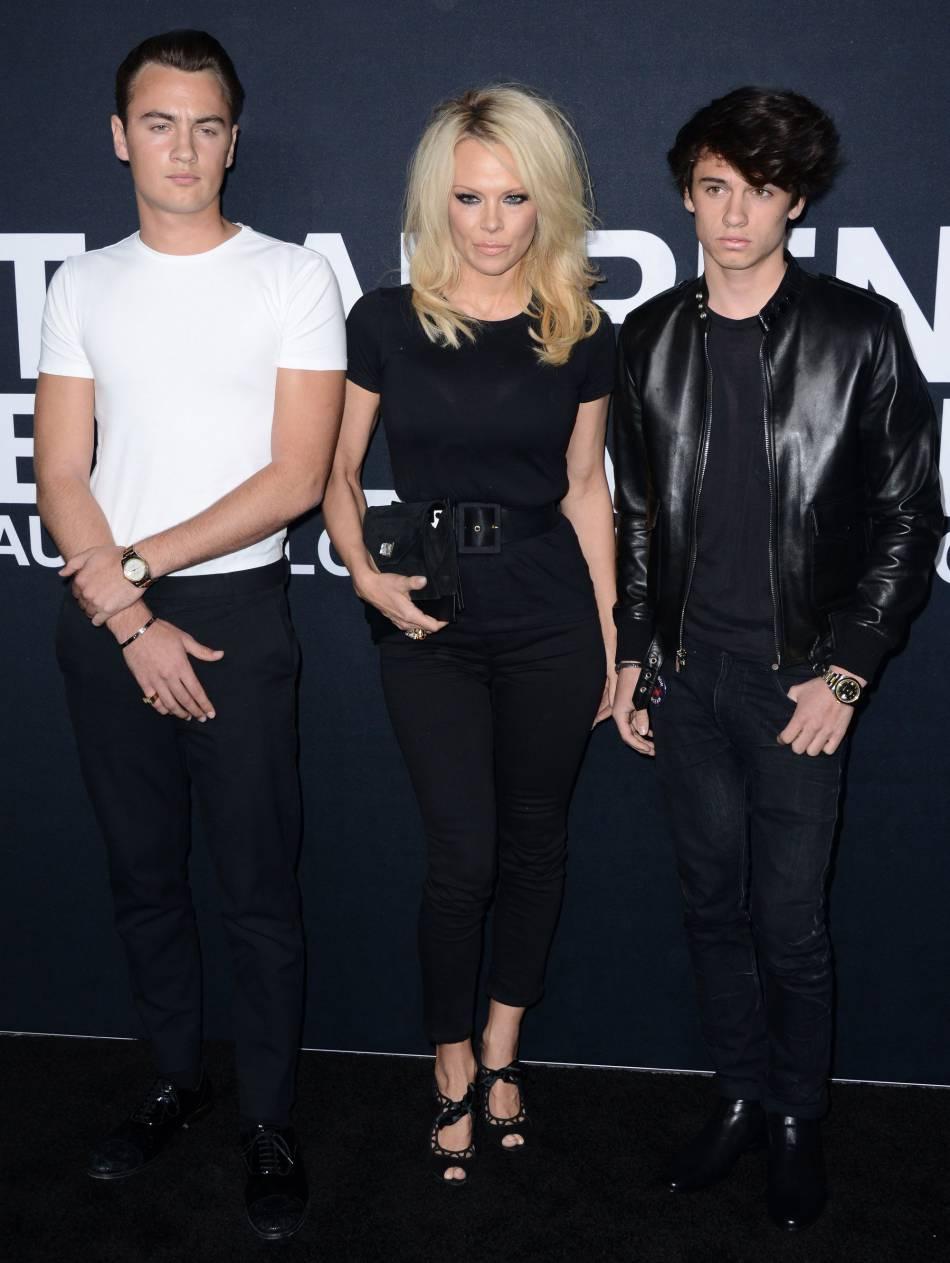 Pamela Anderson avoue se sentir seule depuis que ces garçons ont grandis.