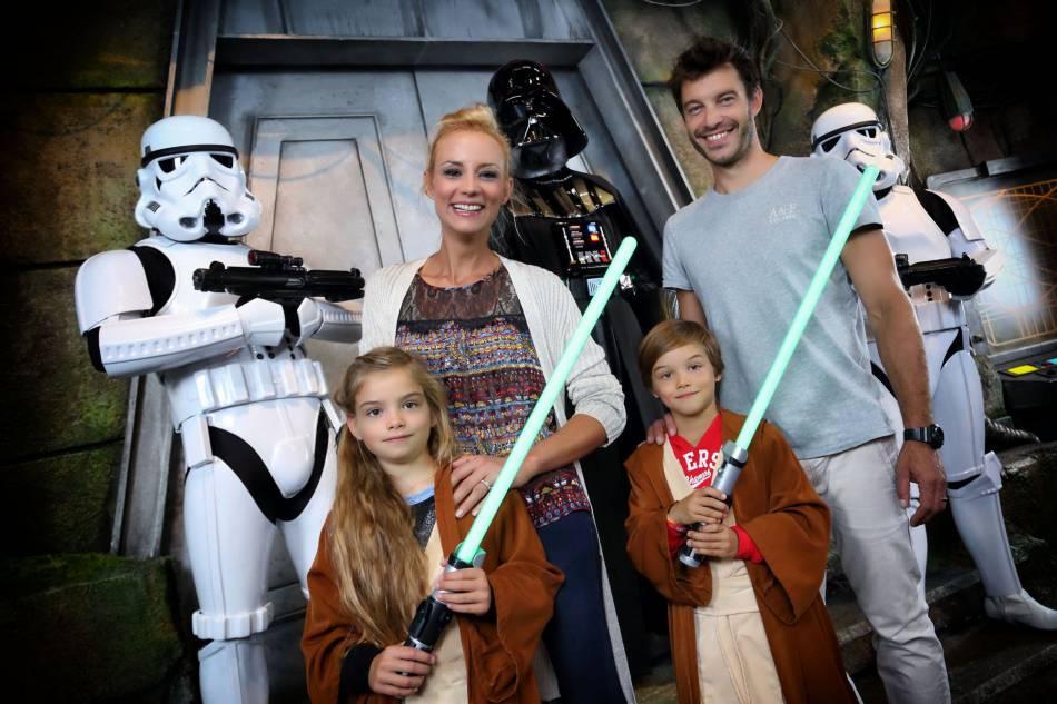 Elodie Gossuin et Bertrand ont quatre enfants, ici les jumeaux Rose et Jules.