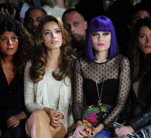 Elle aussi blessée au moment de la Fashion Week en 2011, Jessie J s'était quand même assise en front row.