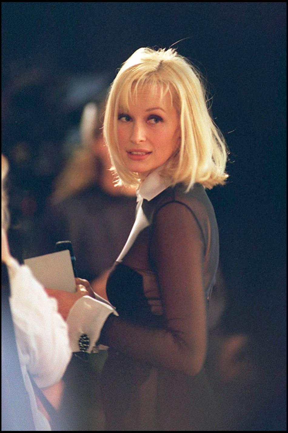Pour Souhaiter Un Joyeux Anniversaire A Cindy Crawford Estelle