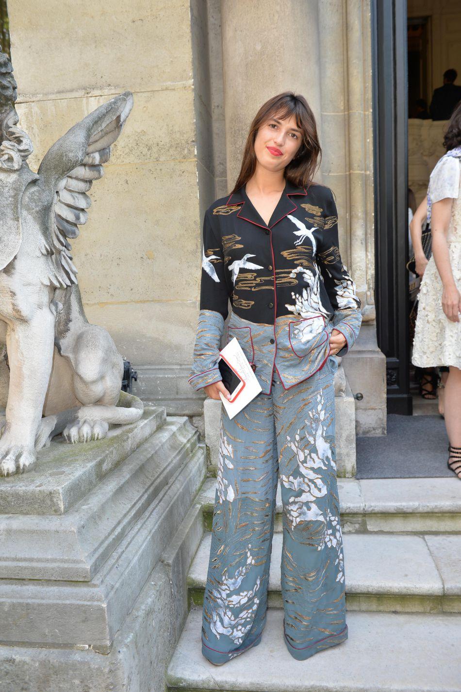 Jeanne Damas est toujours aussi chic... même en pyjama !
