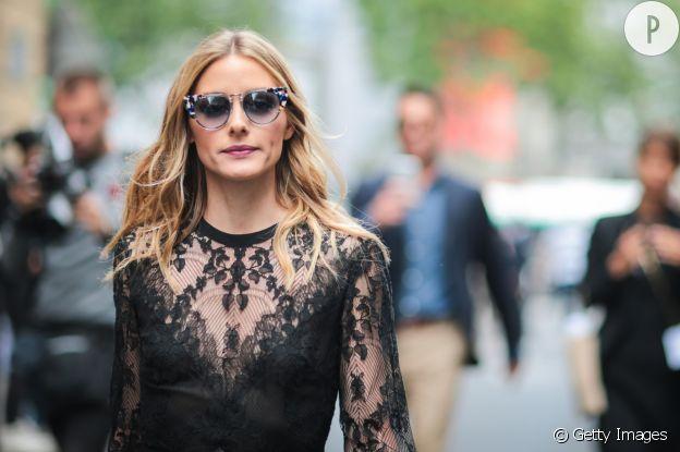 Olivia Palermo joue avec la transparence chez Valentino.