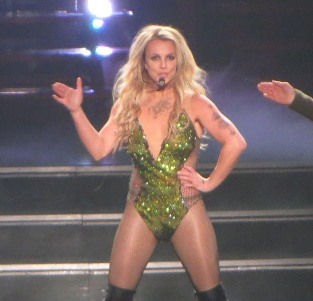 Britney Spears fait bien monter la température sur les réseaux sociaux !