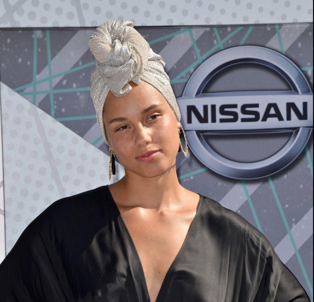 Alicia Keys a décidé de ne plus porter de maquillage et d'assumer son visage au naturel.