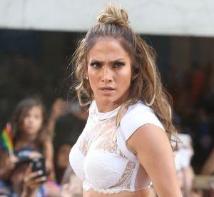 Jennifer Lopez, une vraie bomba : stupéfiante en brassière à 46 ans