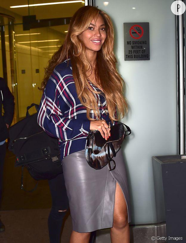 Beyoncé ressort le sac Saddle.