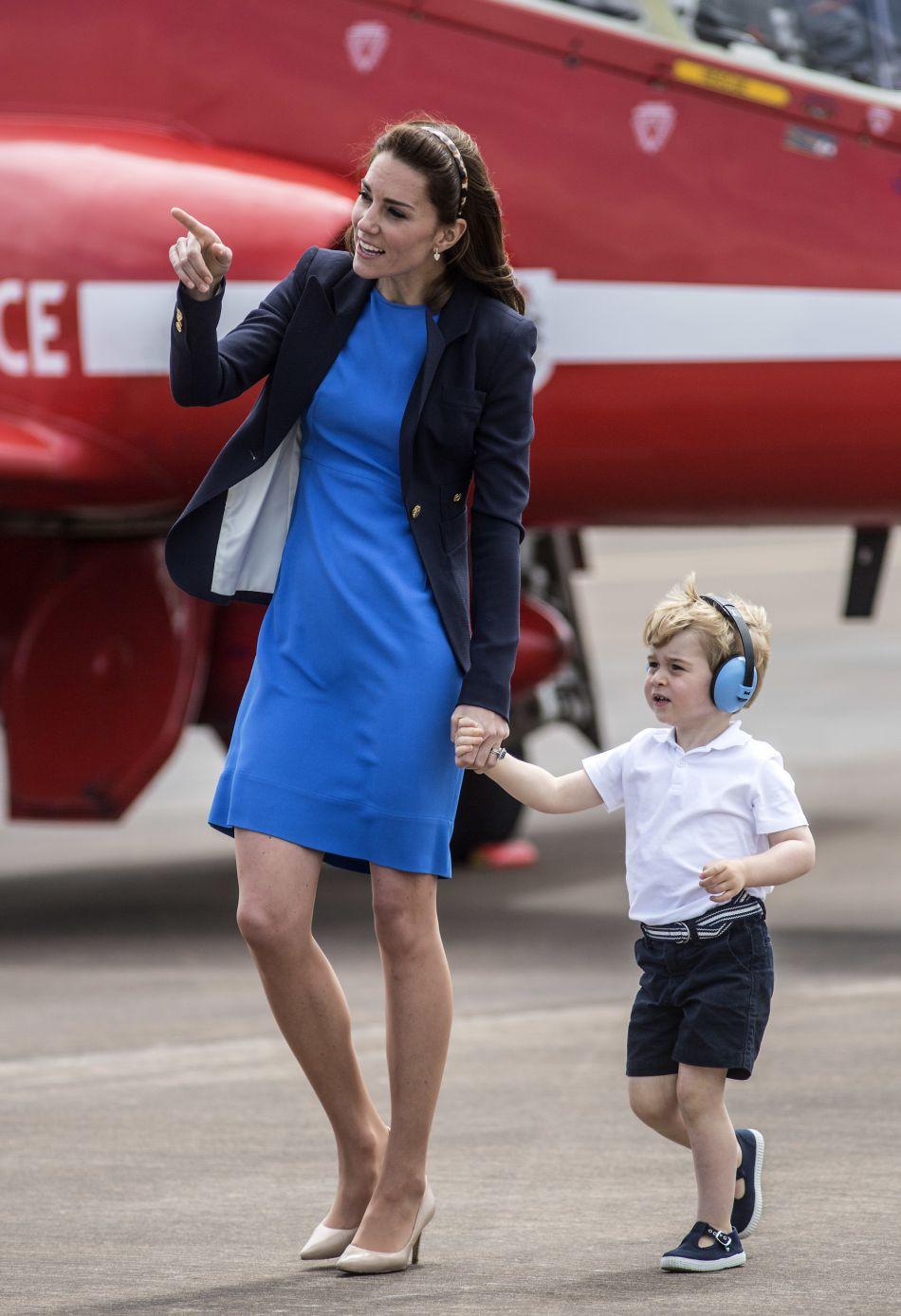 La duchesse et son mari vont offrir à George un petit train et un chiot.