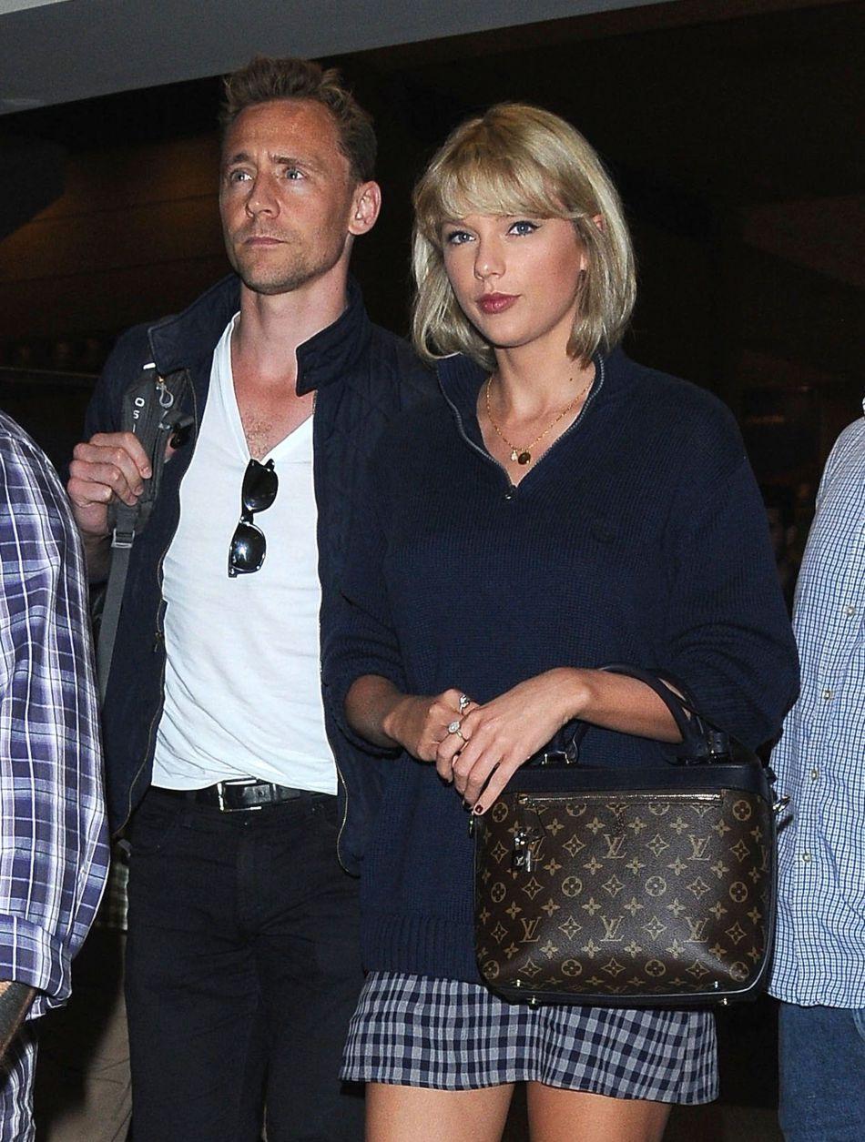 La chanteuse s'est séparée du DJ Calvin Harris pour se mettre en couple avec l'acteur Tom Hiddleston