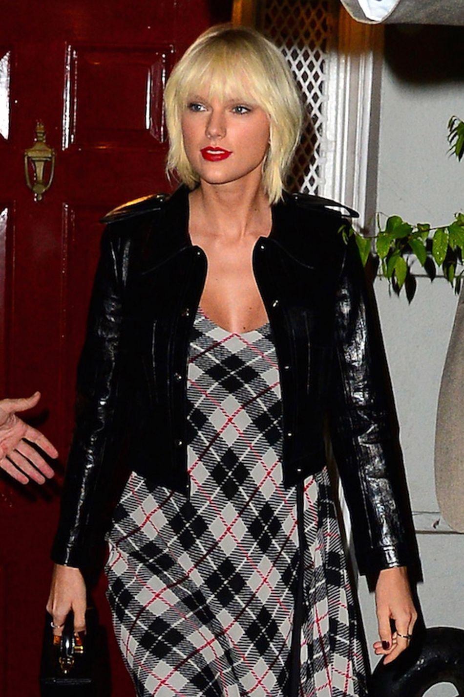 C'est dans un communiqué que Taylor Swift a révélé avoir participé au tube, sous un pseudonyme.