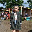Pendant le festival Glastonbury, Lottie Moss est plus lookée que jamais.