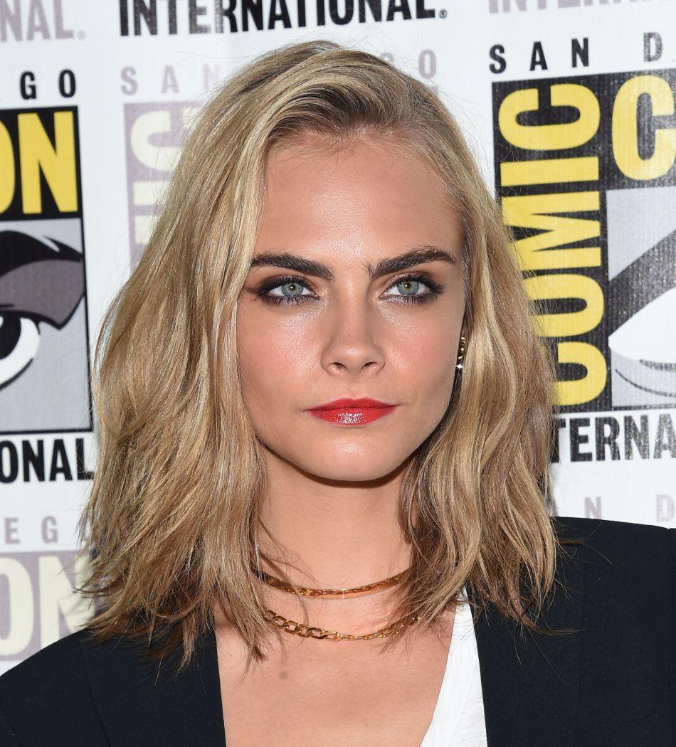 Cara delevingne une toute nouvelle coupe de cheveux pour for Nouvelle coupe de cheveux pharrell