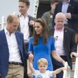 Le prince George, accompagné de ses parents, le duc et la duchesse de Cambridge, le 8 juillet dernier.