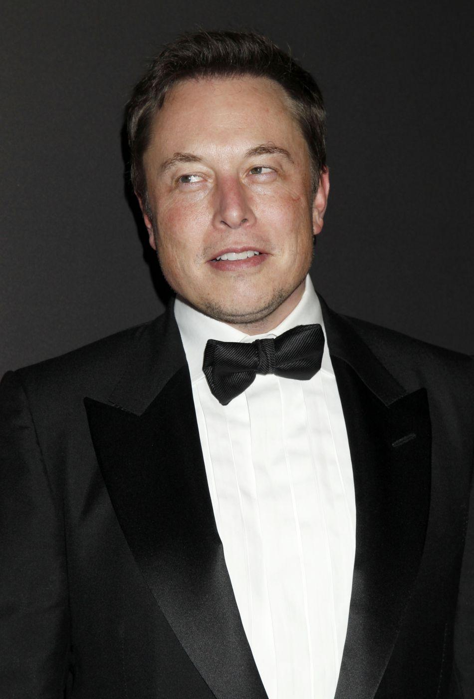 Elon Musk ne serait finalement pas l'amant d'Amber Heard.