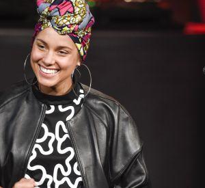 """La tendance du """"no make up"""" est devenue un engagement auprès des femmes célèbres."""