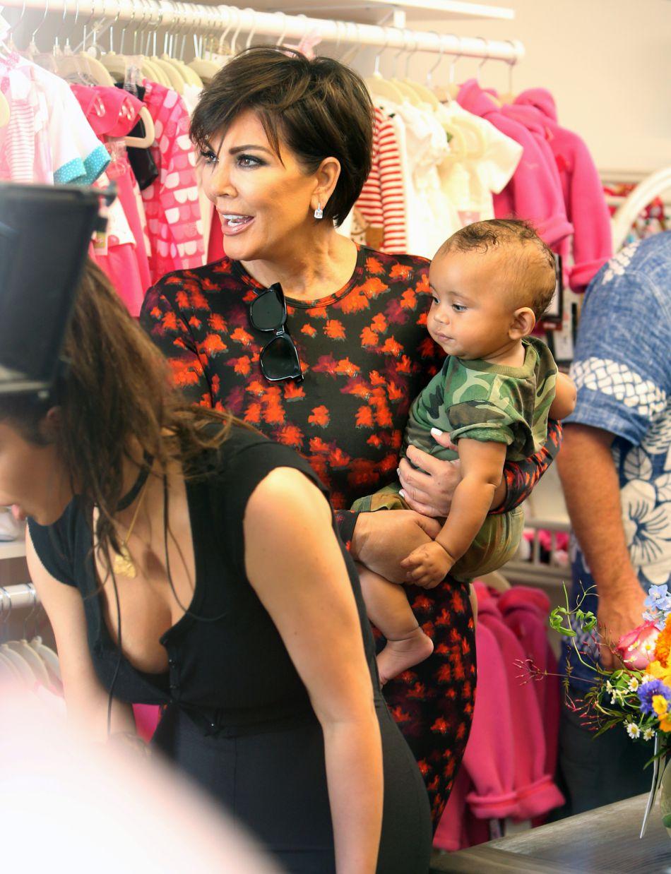 Saint West est le parfait mélange entre Kim Kardashian et Kanye West.
