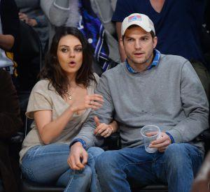 Mariée à Ashton Kutcher et enceinte de leur deuxième enfant, leur histoire ressemble à une comédie romantique.