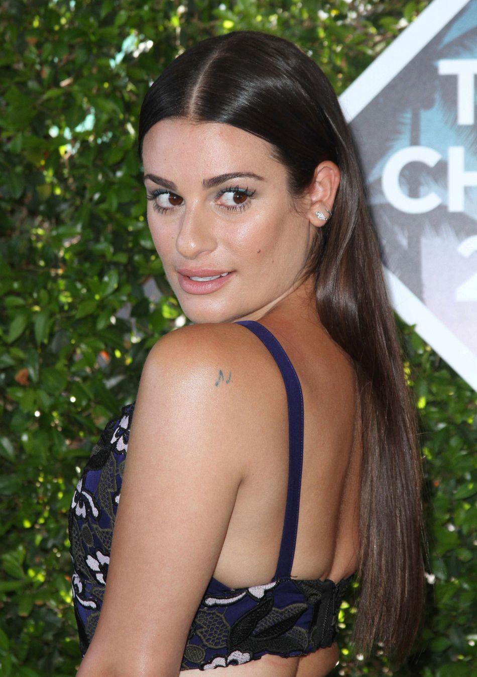 Lea Michele assume sa nudité en couverture du dernier numéro de  Women's Health Magazine .