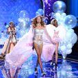 Les tops Victoria's Secret sont de vrais Anges sur le podium.