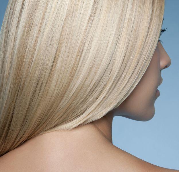 Les cheveux lisses ne sont pas toujours faciles à obtenir.