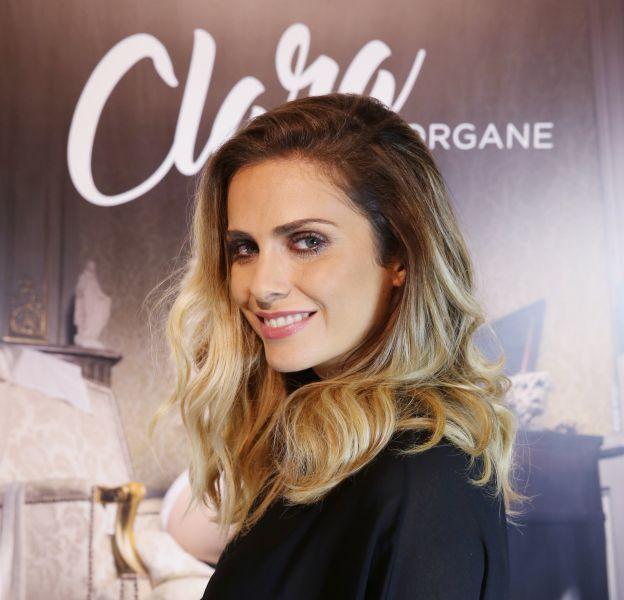 Clara Morgane poste une nouvelle photo sensuelle sur Instagram.
