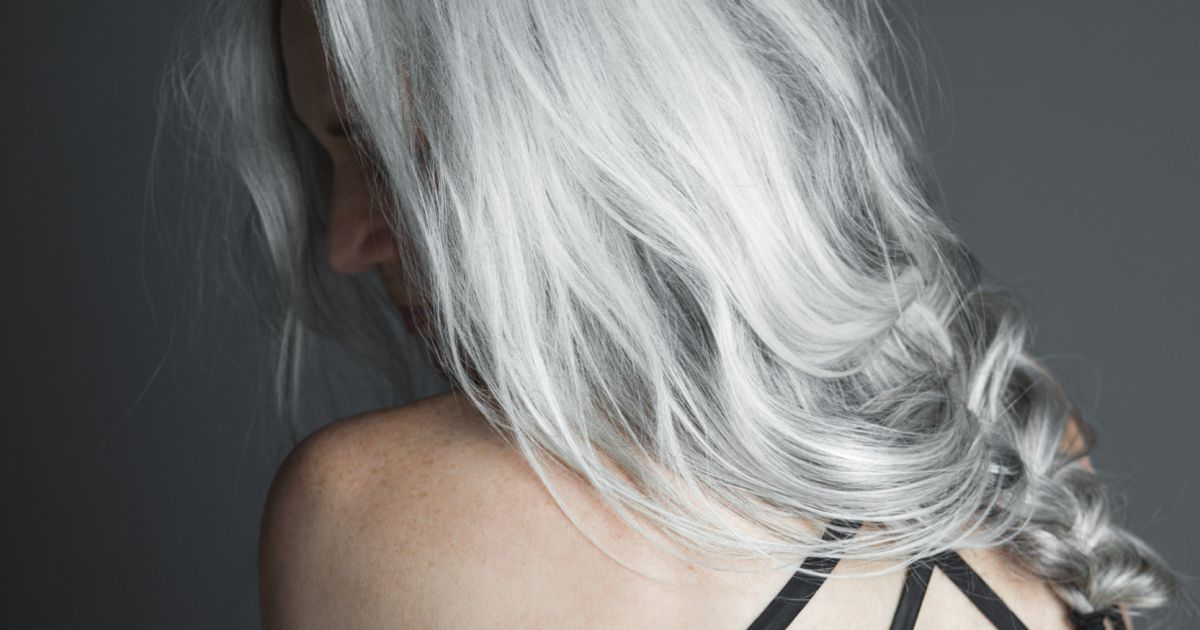 Cheveux Gris Comment L Obtenir Et L Entretenir Puretrend